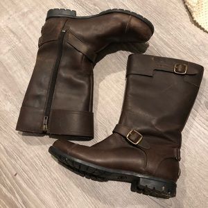 Ugh Gershwin leather Sherpa lined calf boots 7